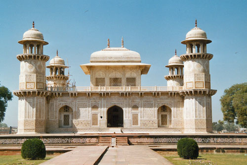 Itmad ud Daulah in Agra